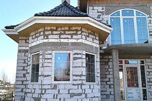"""Арочные окна """"REHAU"""" для частного дома"""